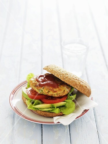 Chicken, courgette and carrot burger