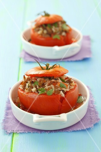 Tomatoes with rice and mince stuffing