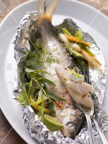 Lake Constance whitefish in foil with roasted vegetable salad