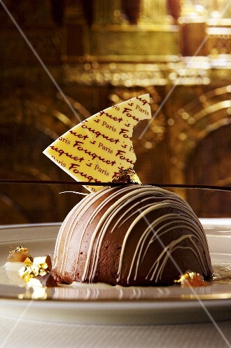 Dome-shaped chocolate mousse