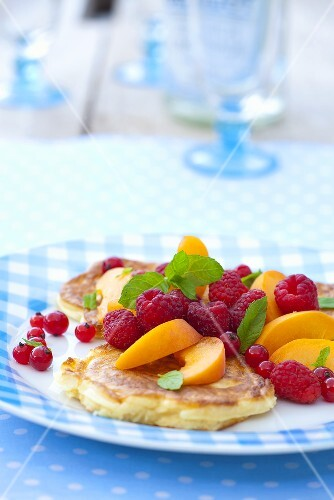 Pancakes with fresh fruit