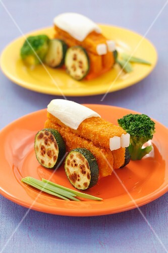 Fish fingers with courgettes