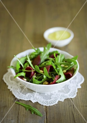 Beetroot and rocket salad with pine nuts
