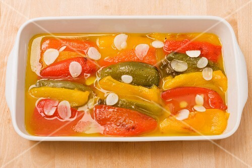 Peperoni all'olio (peppers in oil, Italy)