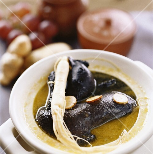 Black chicken with ginseng and Astralagus root