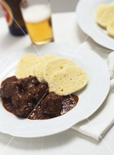 Wiener Saftgulasch (Viennese goulash) with yeast dumpling