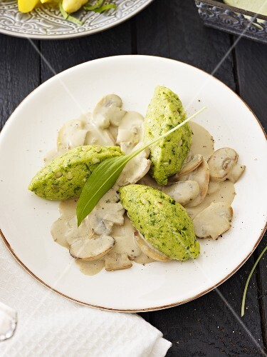 Polenta and chive gnocchi with a creamy mushroom sauce