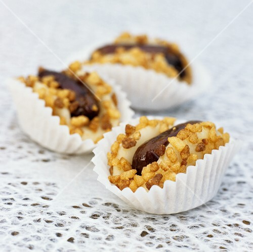 Marzipan and date sweets