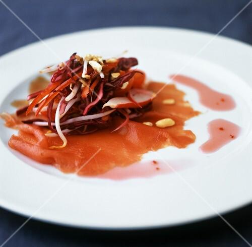 Tuna carpaccio with red cabbage and chilli salad