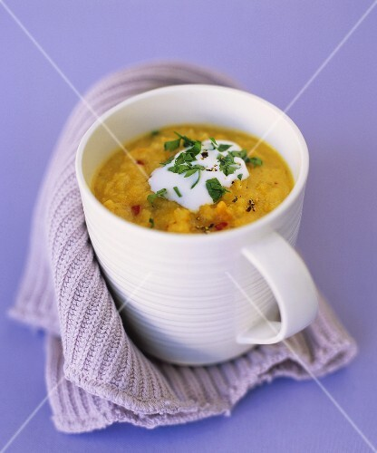 Red lentil soup with carrots, ginger and chilli