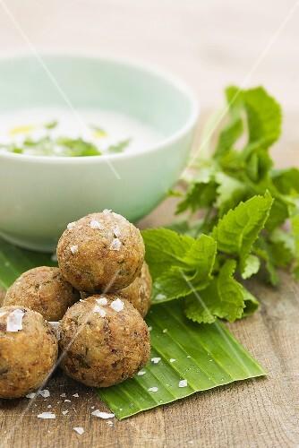 Falafel (chick-pea balls) with yoghurt dip
