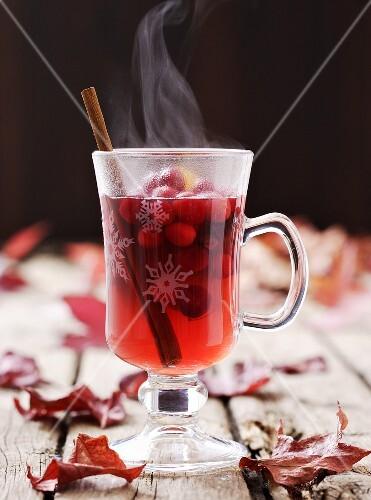 Hot cranberry punch