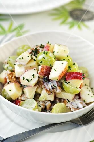 Apple, celeriac, grape and walnut salad