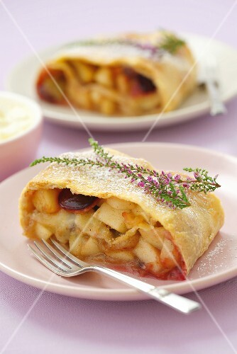 Apple and plum strudel with garnish of heather