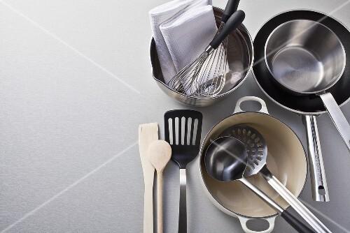 Pots, pans and kitchen utensils