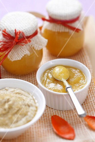 Apple and apricot puree