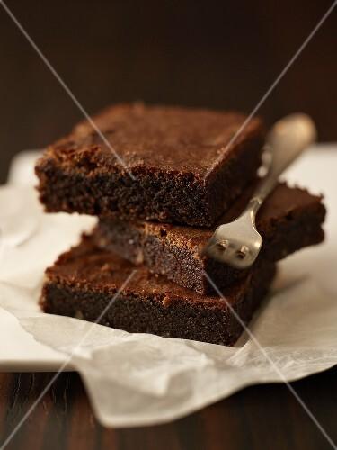 Tray-baked chocolate cake