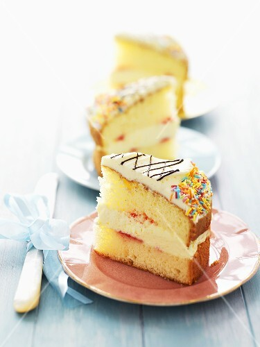Sponge cake with vanilla cream filling and sprinkles