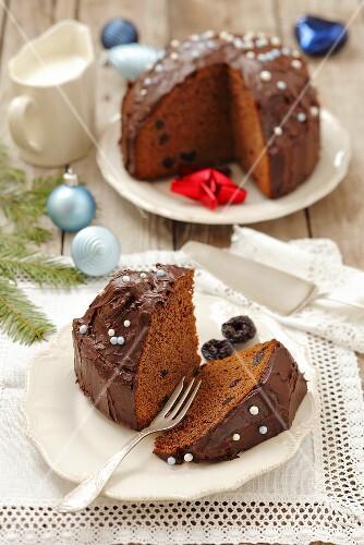 Ginger chocolate cake for Christmas