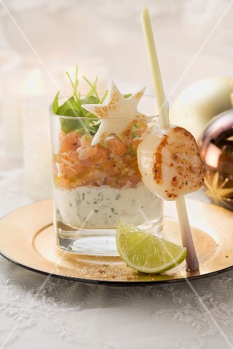 Salmon tartare and skewered scallop for Christmas