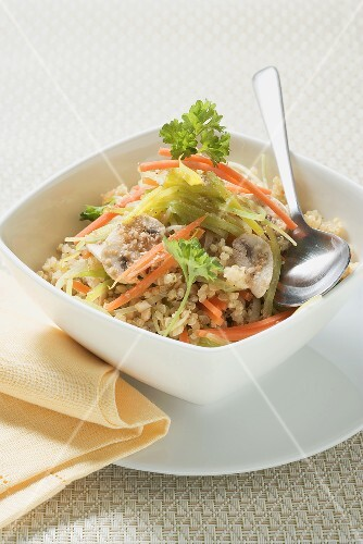 Quinotto (quinoa risotto) with leeks and carrots