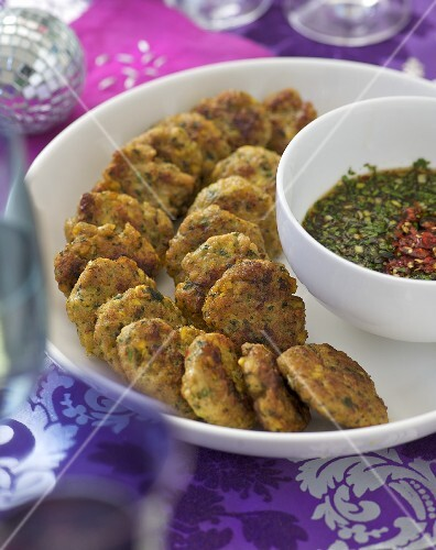 Chicken and prawn cakes with sweet chilli sauce