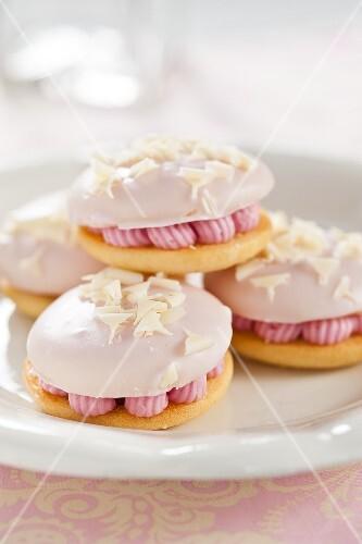 Pink whoopie pies