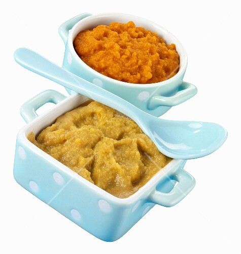 Baby food in two dishes