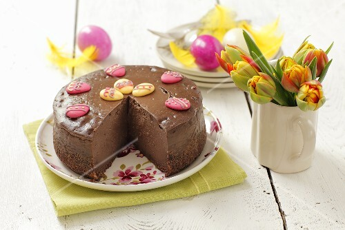 Chocolate cheese cake for Easter, sliced