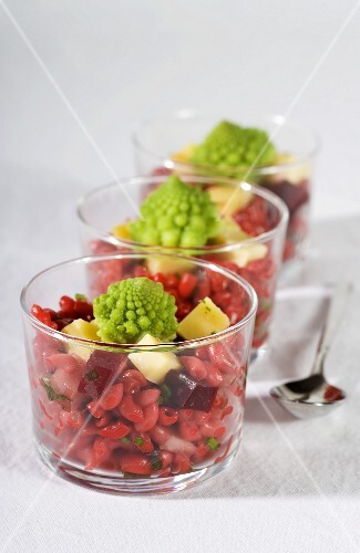 Red pasta salad with Romanesco broccoli and beetroot