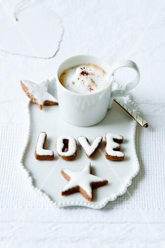 Zimtsterne und -buchstaben, Cappuccino