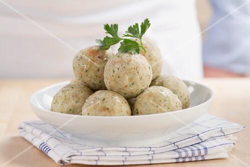 Bavarian bread dumplings