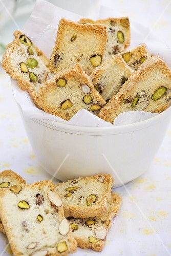 Biscotti with pistachios