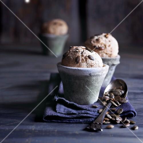 Müsli muffins with pumpkin seeds