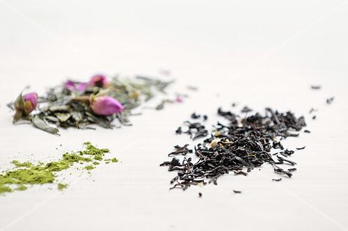 Thé vert et thé à la rose