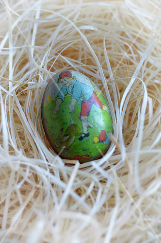 Old-fashioned Easter egg