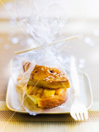 Pan-fried pineapple and foie gras on toasted brioche
