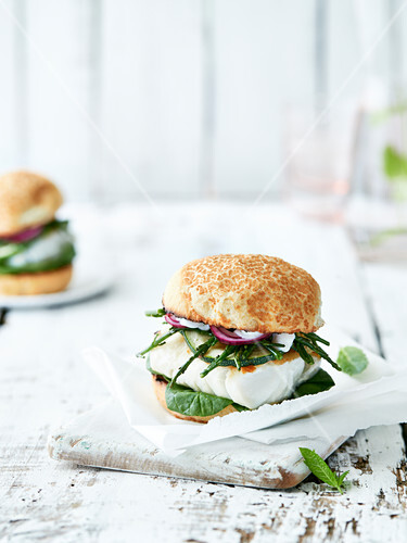 Cod,spinach,samphire,courgette,red onion and cream burger