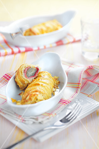 Chicory and ham flaky pastry rolls