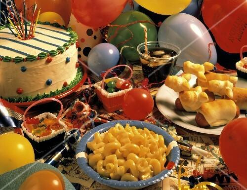 Buffet Zum Kindergeburtstag Mit Pikanten Bilder Kaufen 606472