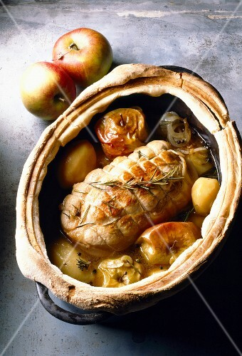 Roast veal and apple