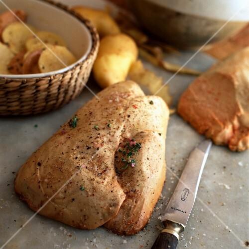 Raw duck foie gras