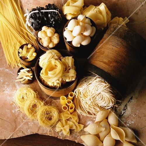 Arrangement of pasta