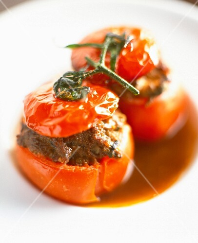 Traditional stuffed tomatoes