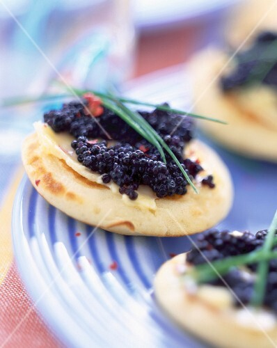 Mini blinis with lumpfish roe