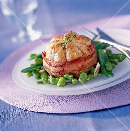 Veal Paupiette with bacon and green beans
