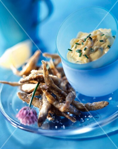 Fried fish bits with mayonnaise