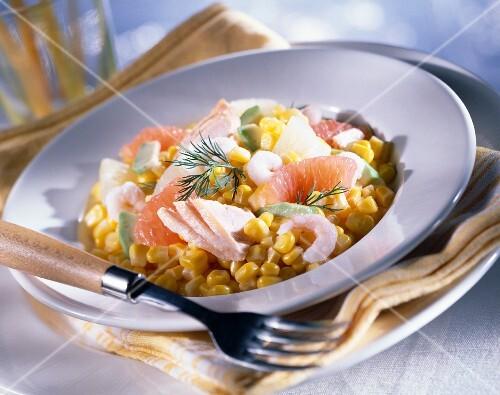Sweetcorn, grapefruit and tuna salad