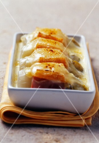 Chicory and Maroilles gratin