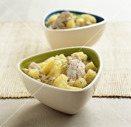 Rice, chicken and pineapple salad